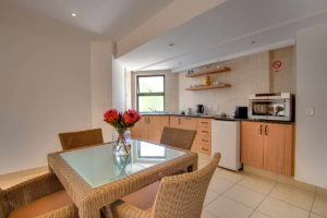 Limoni Self Catering Luxury Suites - Family Dining Room