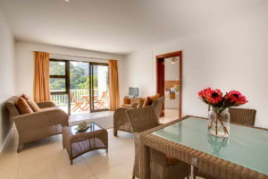 Limoni Self Catering Luxury Suites - Family Suite Lounge