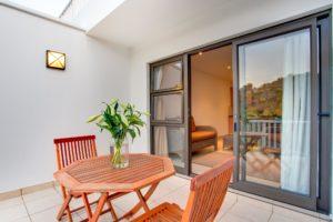 Limoni Self Catering Luxury Suites - Luxury Suite Balcony