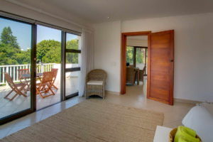 Limoni Self Catering Luxury Suites - Penthouse Bedroom